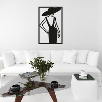 Интерьерная картина из дерева «Девушка в шляпе»