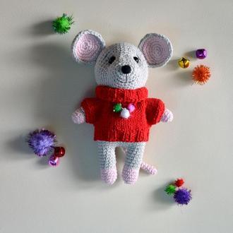 Счастливый мышонок