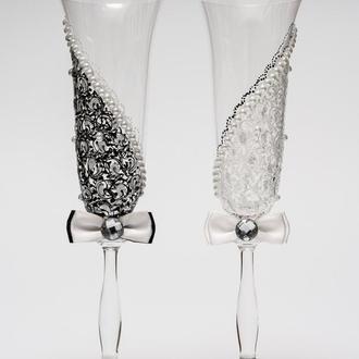 """Свадебные бокалы """"Асимметрия 2"""" черный и белый цвет, арт. SA-21710"""