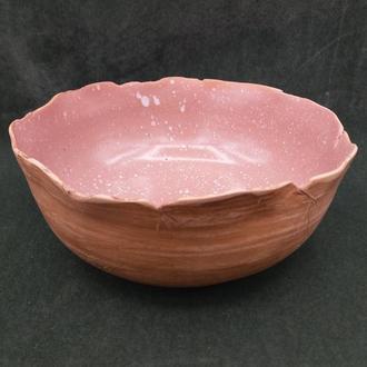 Глубока  керамическая тарелка. .