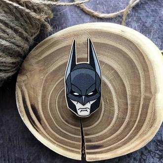 "Значок из дерева ""Бэтмен маска"""