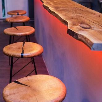 Барная стойка, стулья, столы, столешницы для кафе, баров, ресторанов