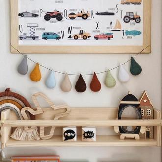 Капли из фетра, декор в детскую комнату