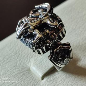 перстень серебряный ящер