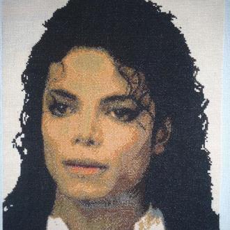 """Картина """"Макл Джексон"""" вышита крестом."""