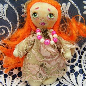 Текстильная мини-кукла