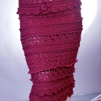 Бордовая вязаная юбка