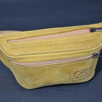 Кожаная сумка бананка