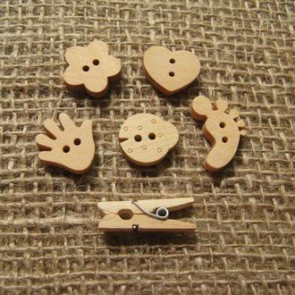 Детские деревянные пуговицы и прищепки из бука.