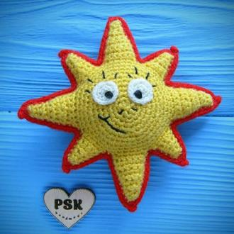 Вязаное украшение солнце большее смайл бижутерия PSK м'яке в'язане сонце авторський посміхайлик