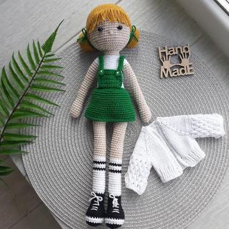 Кукла, подарок для девочки