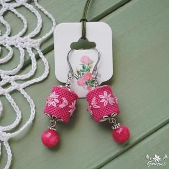 """Яркие серьги с нефритом и цветочными бусинами ручной вышивки в стиле """"бохо"""""""