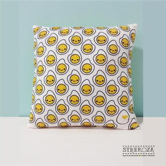 Декоративная подушка с принтом Яичница Strekoza 27см белый