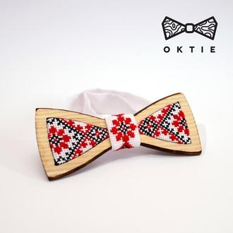 Краватка-метелик вишиванка з дерева