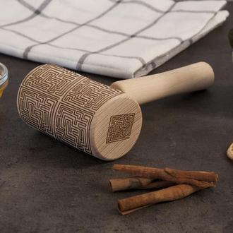"""Фигурная скалка для пряников  с орнаментом """"Лабиринт"""""""