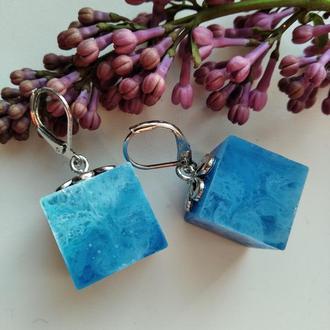 Голубые серьги ручной работы кубики