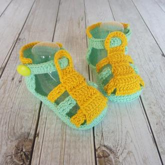Пінетки-сандалики