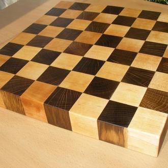 Шахматнаяя доска. Толщина 40 мм. Дуб и береза.