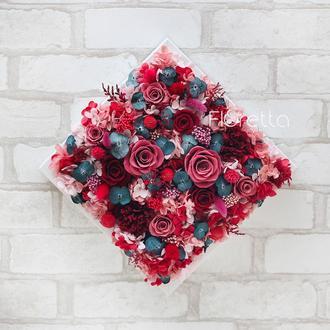 """Картина """"На вершині почуттів"""" з живих стабілізованих долгосвежих троянд"""