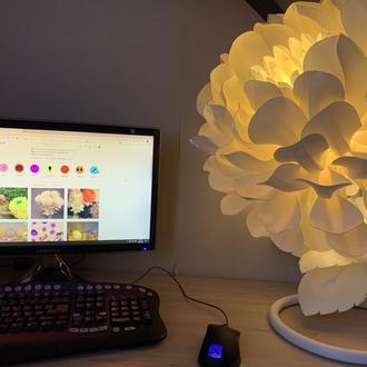 Прикроватный ночник-цветок, светильник белый георгин LED на тумбу в спальню, детскую