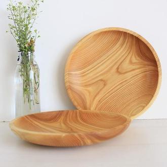 Столовые тарелки из дерева