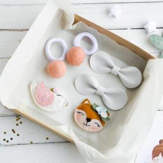 Подарочный набор заколок для девочки / Заколки резинки для волос в подарок / Подарунок дівчинці