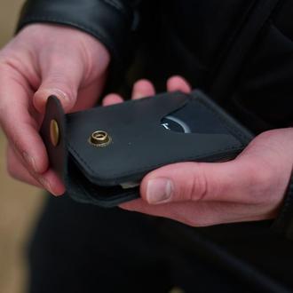 Небольшой кожаный бумажник с прижимом для купюр черный