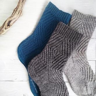 Вязаные носки Графика 2 (из специальной носочной пряжи)