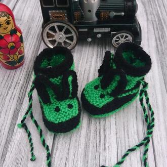 Вязаные пинетки Зайчики - нежные пинетки для мальчика и девочки
