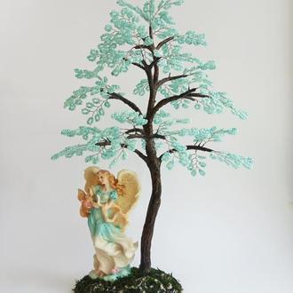 Дерево из бисера с ангелом