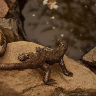 Скульптура ящерицы  из нержавеющей стали