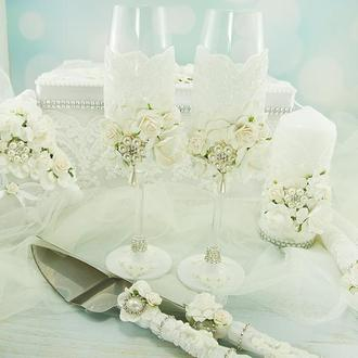 Бокалы белые / Белые бокалы для свадьбы / Фужеры для свадьбы / Белоснежные