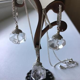 """Серебряные серьги  и кулон из горного хрусталя """"Льдинка"""""""