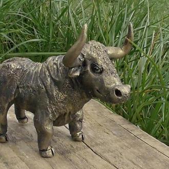 Статуетка у вигляді бика подарунок колекціонеру фігурок і статуеток
