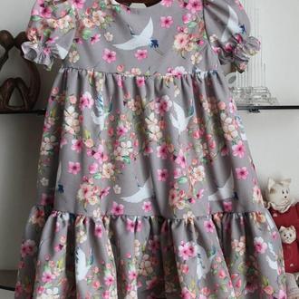 Легкое и нарядное платье для девочки