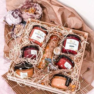 Подарочный набор для мамы подарок на День Матери вкусный бокс крем мед