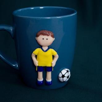 Чашка с декором футболист, подарок для мальчика, чашка с декором под заказ