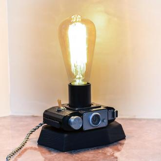 Светильник из фотоаппарата Смена