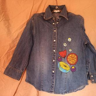 джинсовая рубашка с росписью цветами
