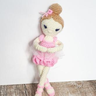 Вязаная кукла балерина