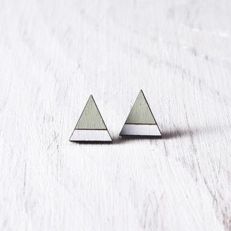 Мятные деревянные серьги пусеты, сережки гвоздики треугольники