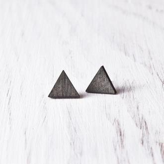 Черные серьги гвоздики, сережки треугольники