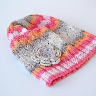 Ажурная шапочка с объемным цветком