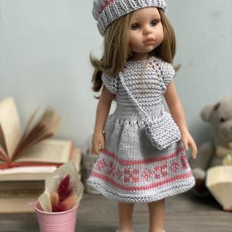 Вязаное платье с беретом и сумкой для куклы Паола Рейна 32 см, Вязаная одежда для кукол