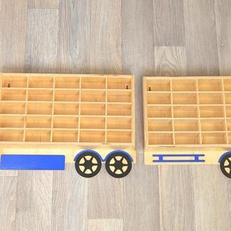 Гараж ,полка для машинок Hot wheels грузовик с прицепом, парковка из дерева,фанеры,автопарк, стеллаж