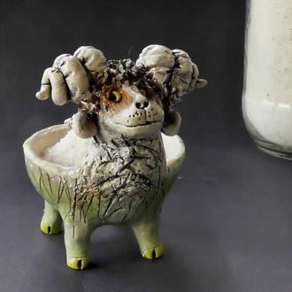 Солонка баран белый керамика