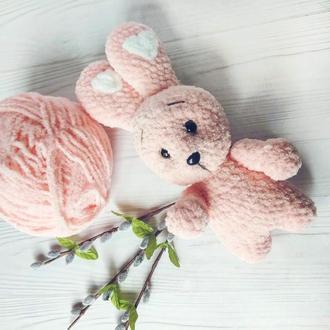 Плюшевый заяц зайка вязаная мягкая игрушка