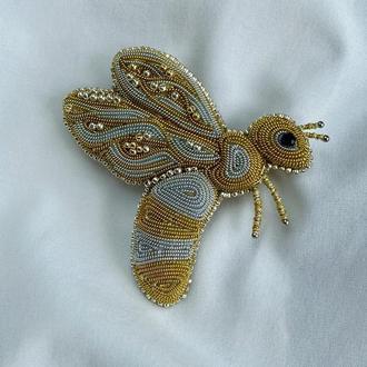 Коллекционная брошь Пчела.