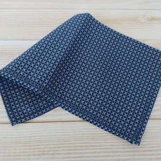 Синий нагрудный платок Паше в горох