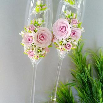 """Свадебные бокалы """" Розовые розы и фрезии"""""""
